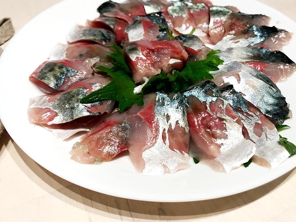 本当は美味しい鯖の刺身