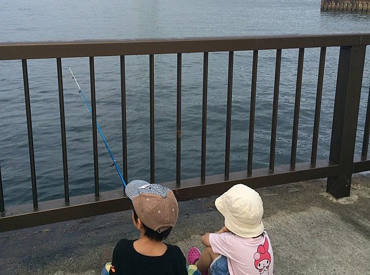釣り場は危険がいっぱいだから目を離さないようにしましょう